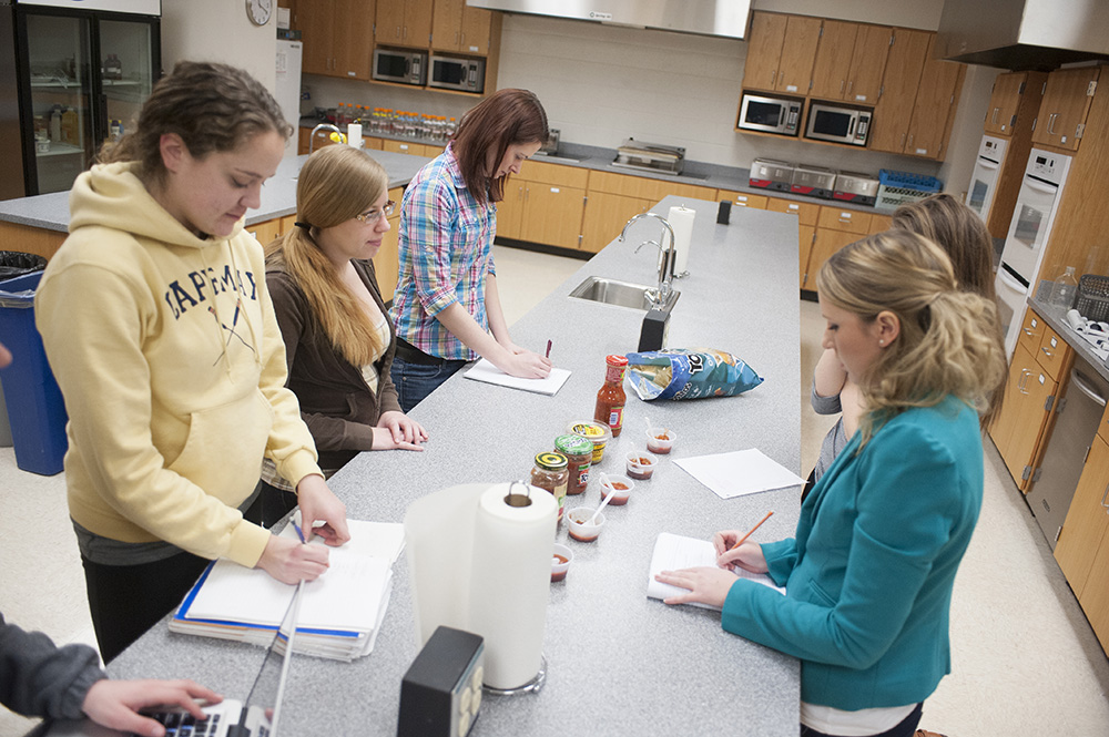 Food scientists check how specific factors affect the sensory properties of foods.