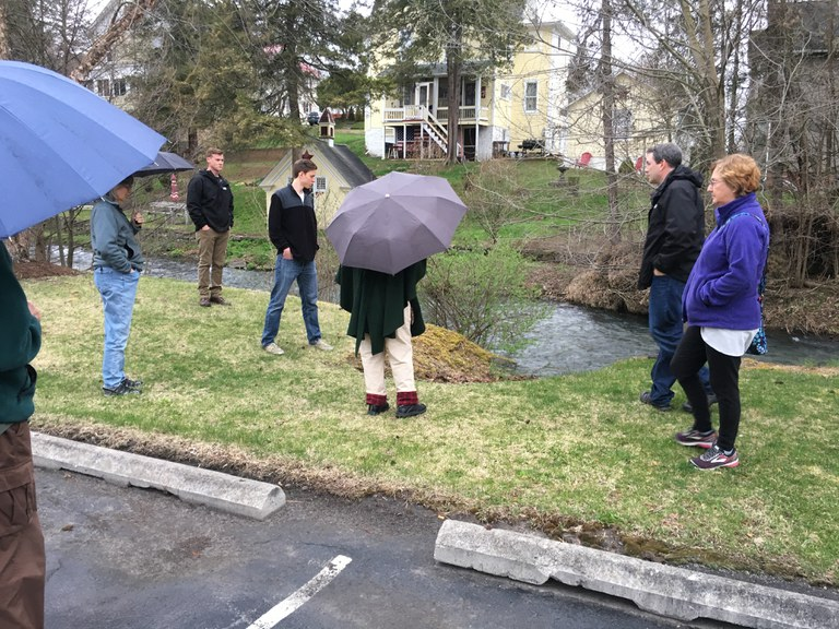 Sean Bernheisel and Bill Ryan conduct stormwater workshop.