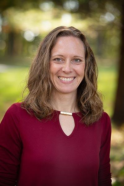 Paula Lucas