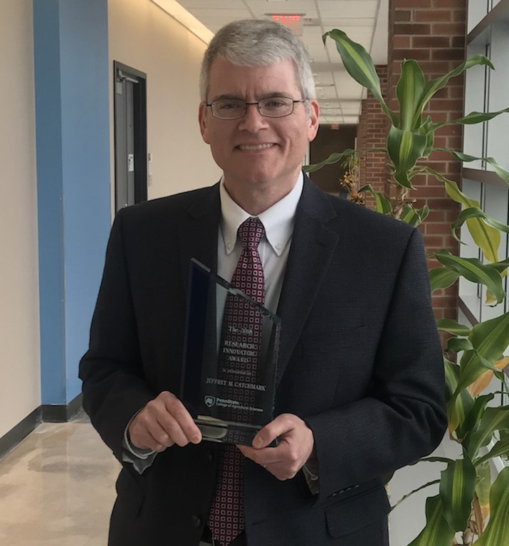 Dr. Jeff Catchmark,  professor of agricultural and biological engineering, won the 2018 Research Innovators Award at the College of Agricultural Sciences.