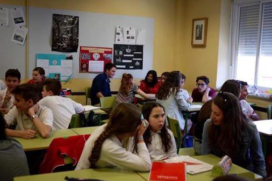 Spanish/English exchange with local school students in Ronda