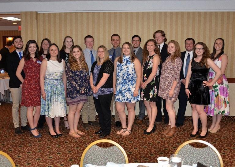 2018 club members at banquet